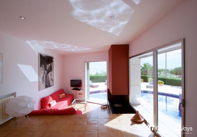 Villa in Ampolla - VILLA MARINA
