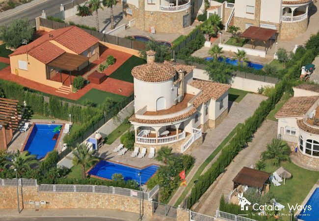 Villa in Ampolla - VILLA PAULA