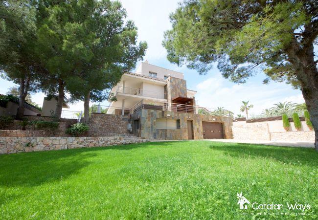 Villa in Ampolla - CARPE DIEM