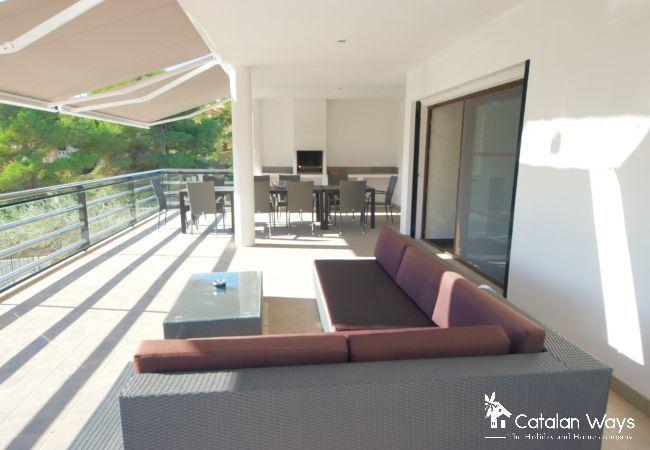 Villa in Ampolla - PARABELLUM