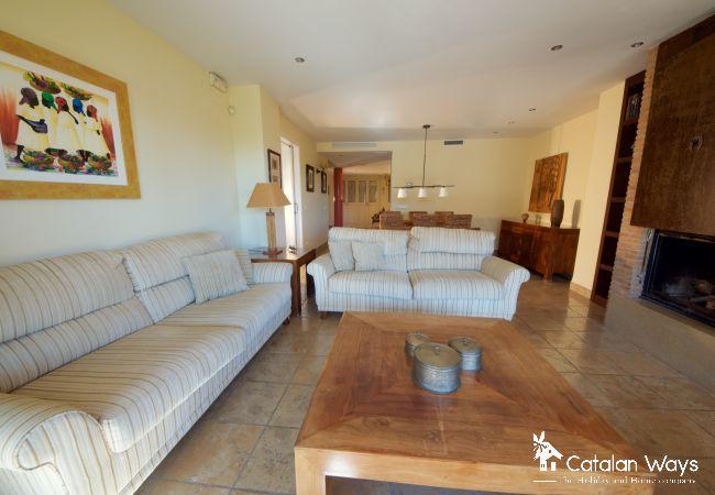 Villa in Ampolla - VILLA BELARPA