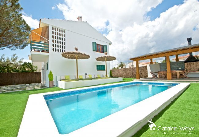 Villa in Ampolla - VILLA PILAR