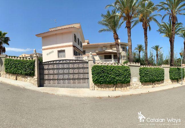 Villa in Ampolla - Villa Sanolianso 1