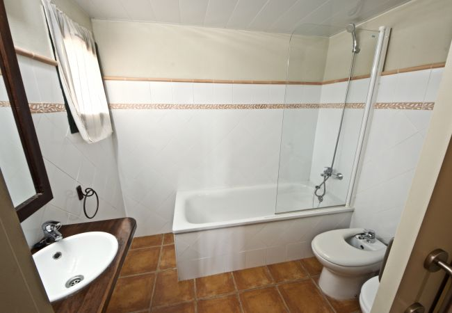 Semi-detached house in Ampolla - 1c. Casa 15