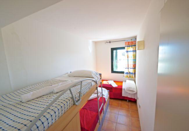Semi-detached house in Ampolla - 1c. Casa 15